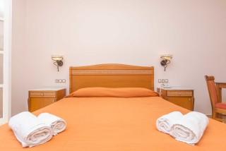 nostos-room-naxos-01
